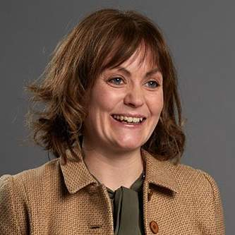 Anne Conneally 33